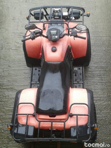ATV 2x4 foarte putin folosit inmatriculat