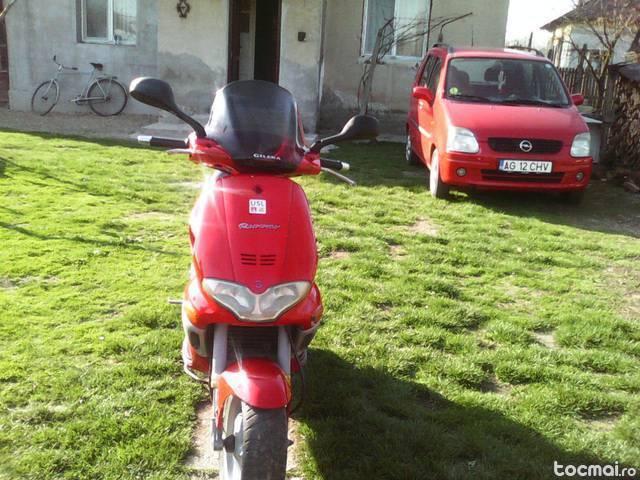 motoscuter Gilera runar, 2003