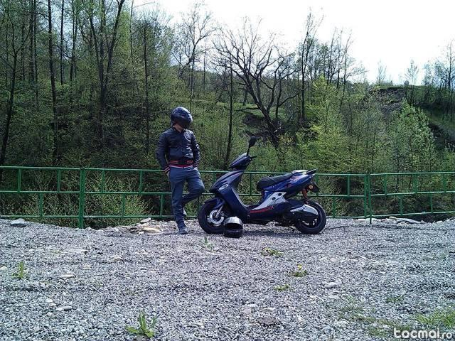 Malaguti f15, 2004